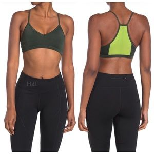 NWT Good American The Barely There Sports Bralette